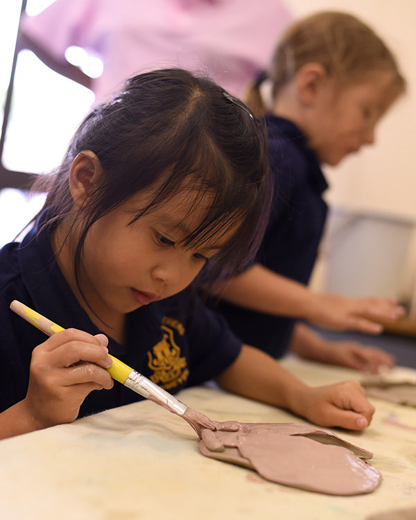 Pre-School children explore their creativity